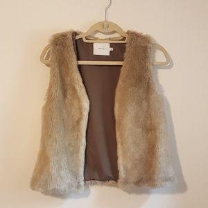 NWOT Talula Fur Vest
